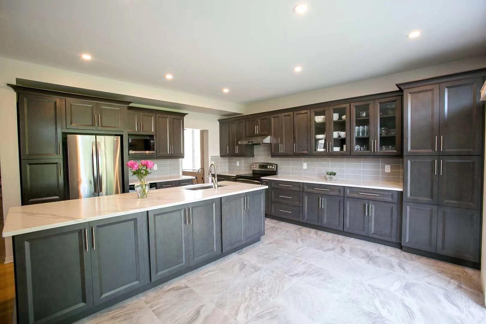Pourquoi les armoires de cuisine en bois sont toujours le meilleur ...