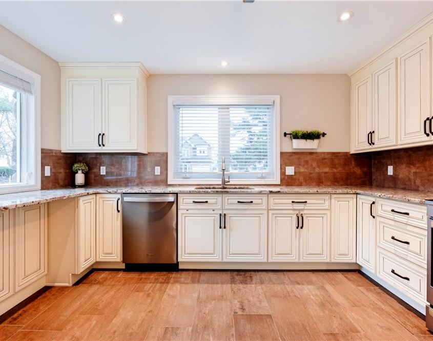 Laval wood kitchen cabinet