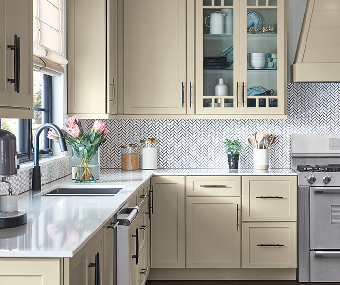 Upper cabinets vs. open shelving in the kitchen: pros&cons ...