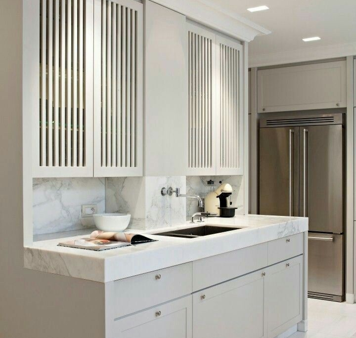 Cuisine-Contemporaine-Contemporary-Kitchen