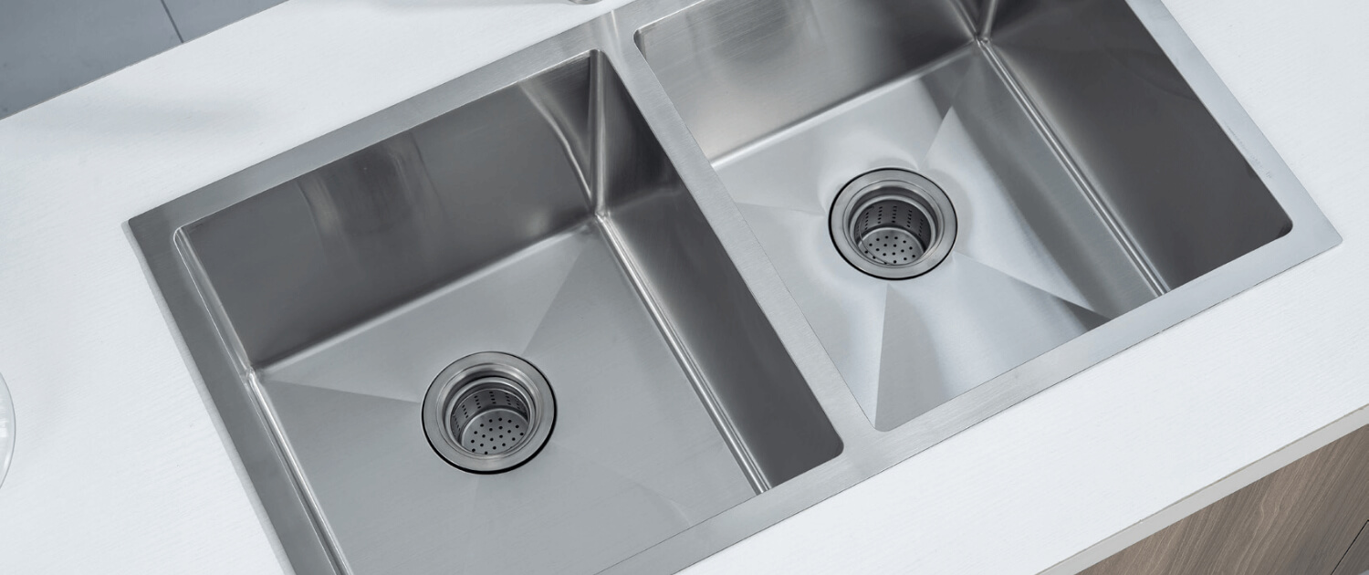 Stainless steel double sink Évier double acier inoxydable
