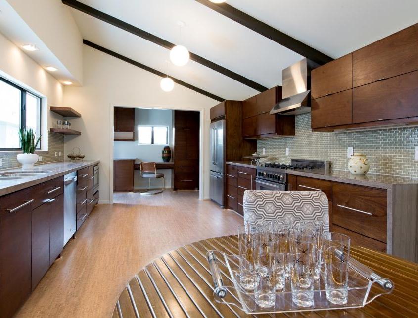 Sleek Modern Kitchens From Top Designers