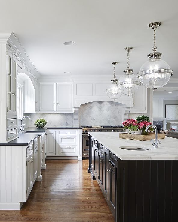 How Far To Hang Pendant Lights Over A Kitchen Island