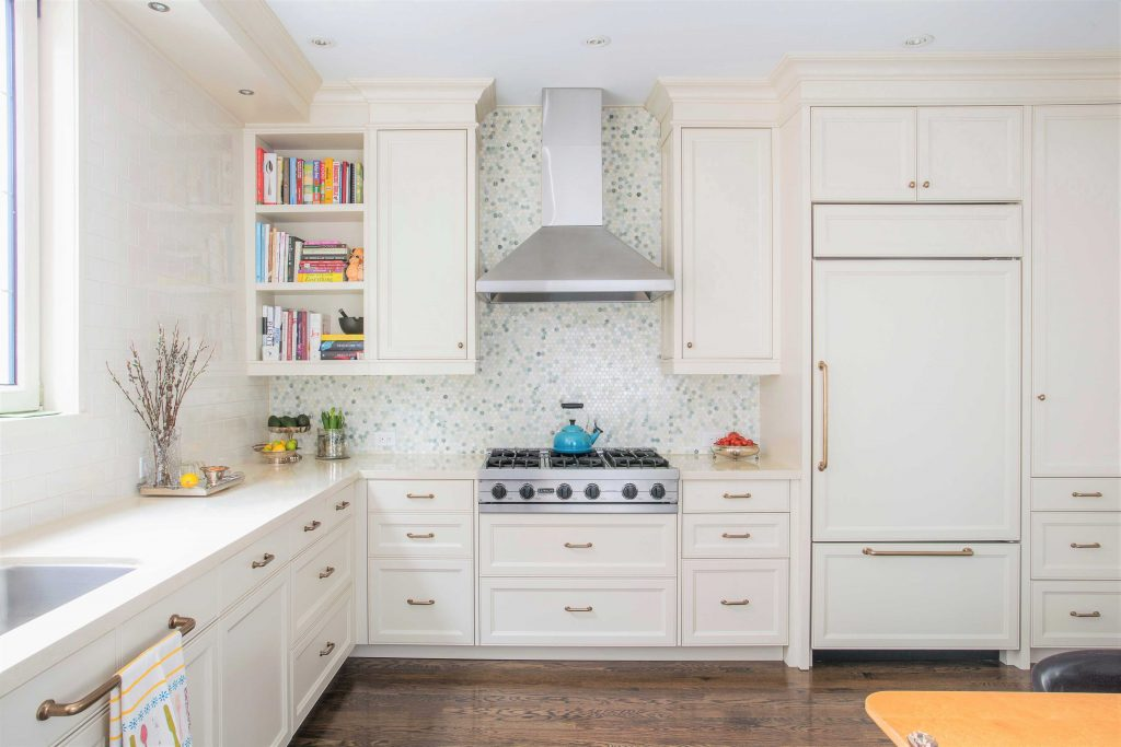 Five Tips to Save Money on Your Kitchen Cabinets