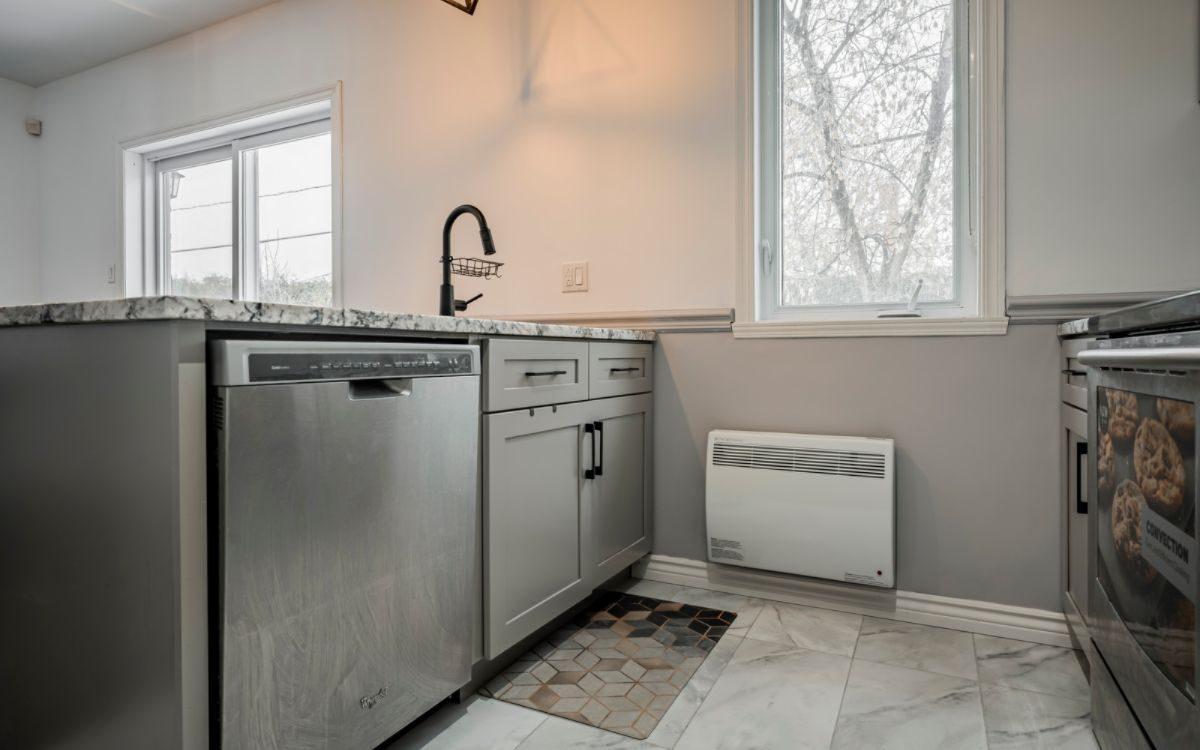 Kitchen Cabinets Shaker Secoueur d'armoires de cuisine