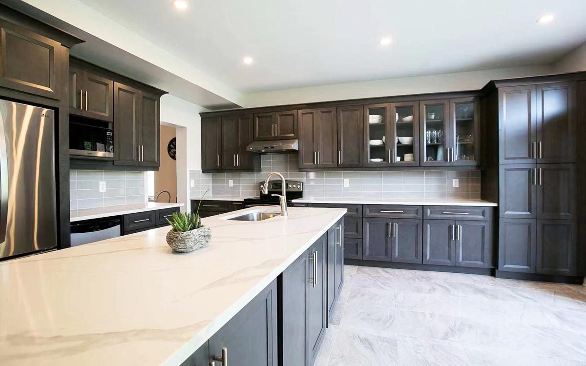 oxford Wood cabinets Montreal